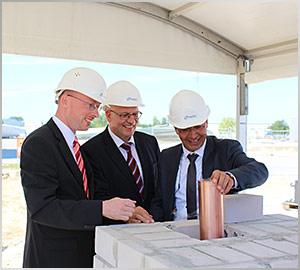 Nordex: legt Grundstein für Erweiterung der Fertigungsstätte in Rostock